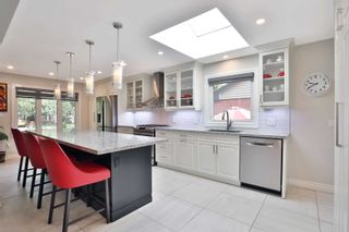 Photo 3: 2179 Clarendon Park Drive in Burlington: Brant House (Bungalow) for sale : MLS®# W5155006