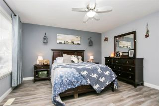 """Photo 15: 4 5556 PEACH Road in Chilliwack: Vedder S Watson-Promontory Townhouse for sale in """"THE GABLES AT RIVERS BEND"""" (Sardis)  : MLS®# R2448594"""