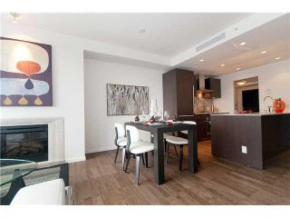 Photo 3: 2404 1011 W Cordova Street in Vancouver: Coal Harbour Condo for sale (Vancouver West)  : MLS®# V875149