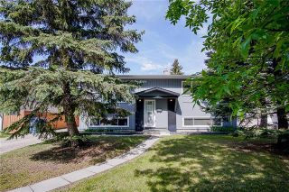 Photo 2: 42 Deloraine Drive in Winnipeg: Crestview Residential for sale (5H)  : MLS®# 1915398