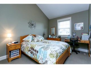 Photo 11: 19039 69A Avenue in Surrey: Clayton House for sale (Cloverdale)  : MLS®# F1412042
