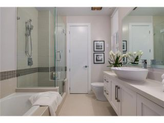 """Photo 8: 201 2028 YORK Avenue in Vancouver: Kitsilano Townhouse for sale in """"YORK"""" (Vancouver West)  : MLS®# V1071116"""