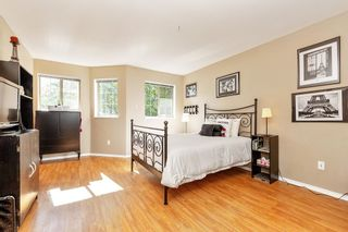 """Photo 8: 202 19241 FORD Road in Pitt Meadows: Central Meadows Condo for sale in """"VILLAGE GREEN"""" : MLS®# R2504429"""