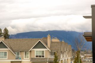 """Photo 25: 402 12460 191 Street in Pitt Meadows: Mid Meadows Condo for sale in """"ORION"""" : MLS®# R2436076"""
