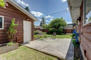 Photo 32: 3447 LANE CR SW in Calgary: Lakeview House for sale ()  : MLS®# C4270938