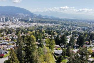 Photo 37: 2796 DAYBREAK Avenue in Coquitlam: Ranch Park House for sale : MLS®# R2573460