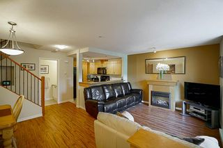 """Photo 5: 61 7488 SOUTHWYNDE Avenue in Burnaby: South Slope Townhouse for sale in """"LEDGESTONE 1"""" (Burnaby South)  : MLS®# R2121143"""