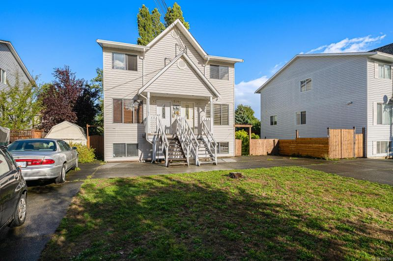 FEATURED LISTING: 239B Mitchell Pl Courtenay