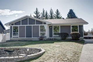 Main Photo: 210 OAKMOOR Place SW in Calgary: Oakridge House for sale : MLS®# C4111441