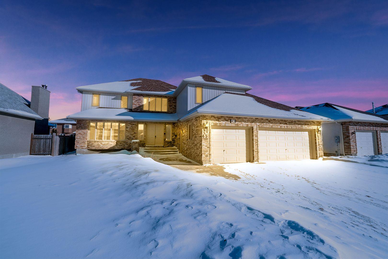 Main Photo: 43 Kingsborough Drive | Linden Woods Winnipeg