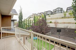 Photo 16: 127 Springbluff Boulevard SW in Calgary: Springbank Hill Detached for sale : MLS®# A1140601