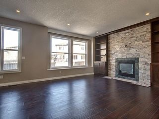 Photo 2: 706 Canoe Avenue SW: Airdrie Detached for sale : MLS®# A1087040