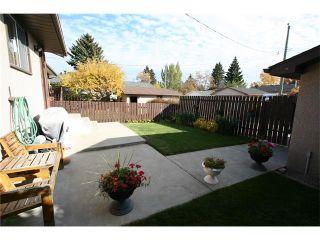 Photo 21: 421 HUNTINGTON Way NE in Calgary: Huntington Hills House for sale : MLS®# C4034997