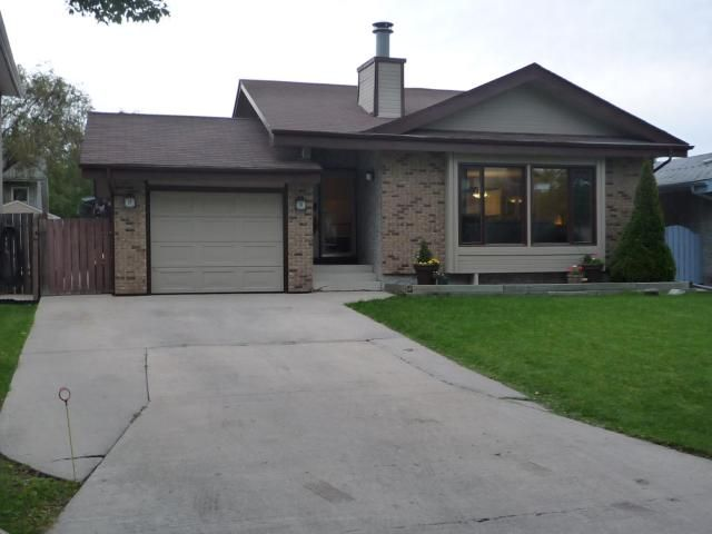 FEATURED LISTING: 54 ARBOR Grove WINNIPEG