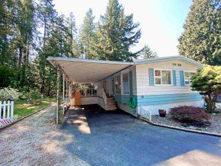"""Photo 2: 19 2306 198 Street in Langley: Brookswood Langley Manufactured Home for sale in """"CEDAR LANE SENIORS PARK"""" : MLS®# R2497884"""