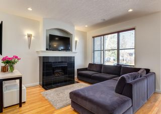 Photo 4: 507 52 Avenue SW in Calgary: Windsor Park Semi Detached for sale : MLS®# A1100298