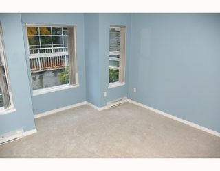 Photo 6: 306 1035 AUCKLAND Street in New_Westminster: Uptown NW Condo for sale (New Westminster)  : MLS®# V742438