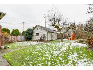 """Photo 18: 3866 W 15TH Avenue in Vancouver: Point Grey House for sale in """"Point Grey"""" (Vancouver West)  : MLS®# V1096152"""