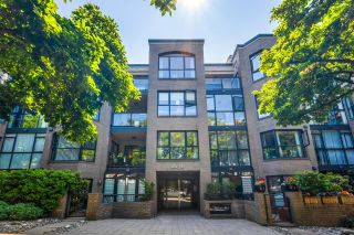 """Main Photo: 203 2130 W 12TH Avenue in Vancouver: Kitsilano Condo for sale in """"Arbutus West Terrace"""" (Vancouver West)  : MLS®# R2604399"""