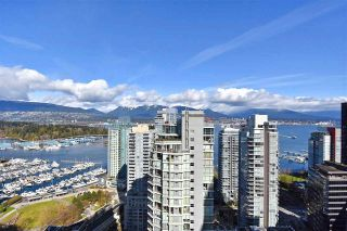 """Photo 16: 2804 1211 MELVILLE Street in Vancouver: Coal Harbour Condo for sale in """"The Ritz"""" (Vancouver West)  : MLS®# R2247457"""