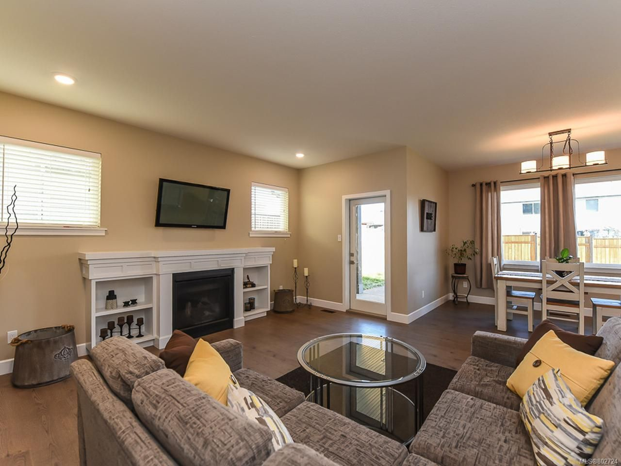 Photo 9: Photos: 106 2883 Muir Rd in COURTENAY: CV Courtenay East House for sale (Comox Valley)  : MLS®# 802724