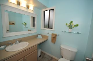 """Photo 23: 10351 HOGARTH Place in Richmond: Woodwards House for sale in """"WOODWARDS"""" : MLS®# V881151"""