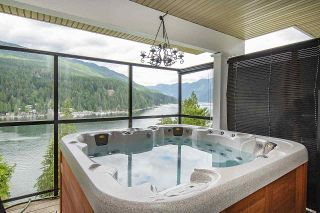 Photo 31: 4696 EASTRIDGE Road in North Vancouver: Deep Cove House for sale : MLS®# R2467614