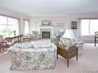 Photo 2: 7972 Polo Park Crescent in SAANICHTON: CS Saanichton Residential for sale (Central Saanich)  : MLS®# 312131