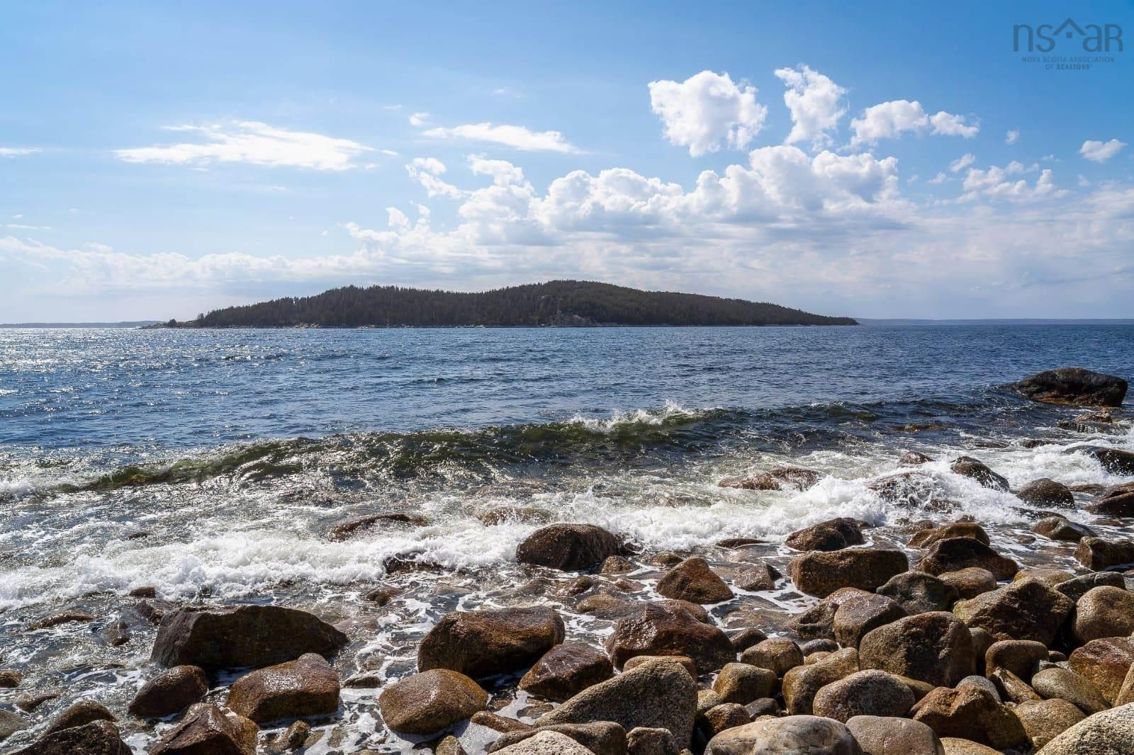 Main Photo: 9364 Peggy's Cove Road in Glen Margaret: 40-Timberlea, Prospect, St. Margaret`S Bay Vacant Land for sale (Halifax-Dartmouth)  : MLS®# 202125620
