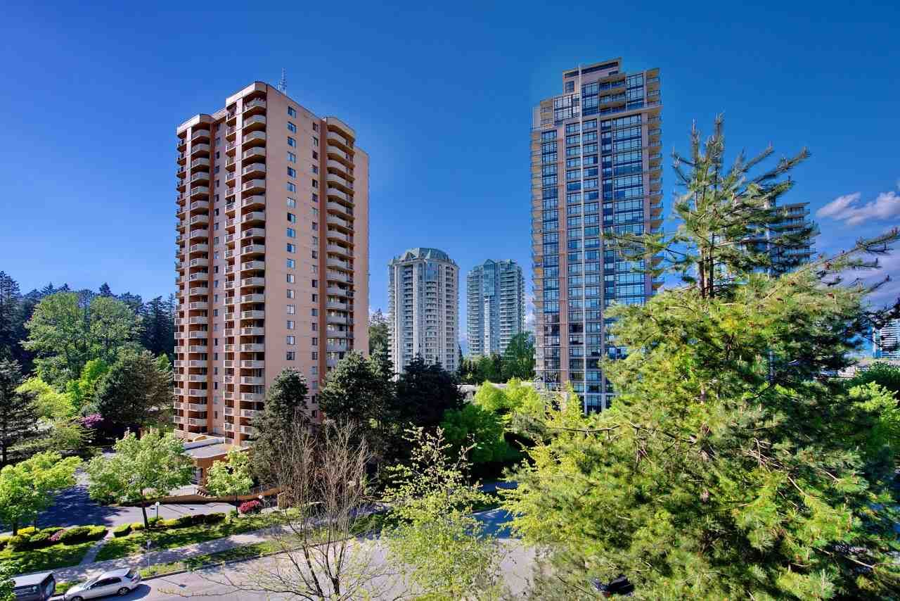 Main Photo: 702 6282 KATHLEEN Avenue in Burnaby: Metrotown Condo for sale (Burnaby South)  : MLS®# R2171275