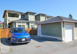 "Photo 24: 6212 NEVILLE Street in Burnaby: South Slope 1/2 Duplex for sale in ""South Slope"" (Burnaby South)  : MLS®# R2570951"