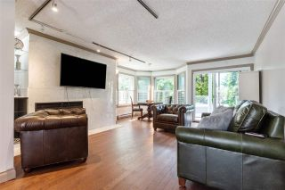 """Photo 2: 104 4696 W 10TH Avenue in Vancouver: Point Grey Townhouse for sale in """"University Gate"""" (Vancouver West)  : MLS®# R2591831"""