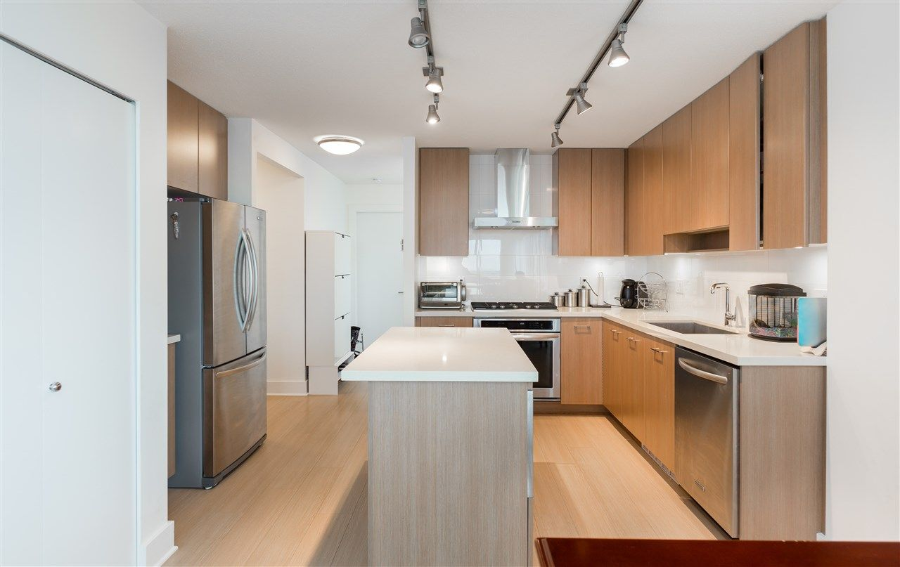 """Main Photo: 3007 4189 HALIFAX Street in Burnaby: Brentwood Park Condo for sale in """"AVAIARA"""" (Burnaby North)  : MLS®# R2178694"""