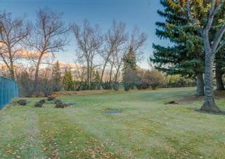 Photo 44: 24 WOOD Crescent SW in Calgary: Woodlands Row/Townhouse for sale : MLS®# A1154480