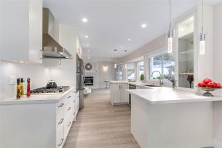 """Photo 5: 633 FIR Street in North Vancouver: Hamilton House for sale in """"Hamilton"""" : MLS®# R2216128"""