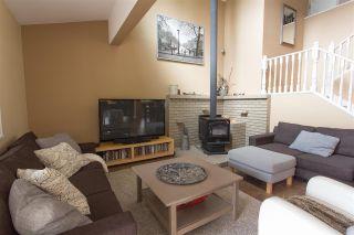 """Photo 7: 1006 PITLOCHRY Way in Squamish: Garibaldi Highlands House for sale in """"Garibaldi Highlands"""" : MLS®# R2075578"""