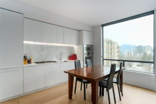 Photo 5: 801 1171 JERVIS Street in Vancouver: West End VW Condo for sale (Vancouver West)  : MLS®# R2433859
