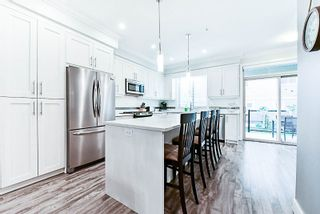 """Photo 3: 9 19913 70 Avenue in Langley: Willoughby Heights Townhouse for sale in """"The Brooks"""" : MLS®# R2177150"""