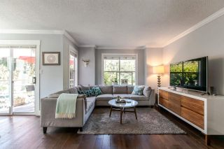 Photo 3: 1 920 TOBRUCK AVENUE in North Vancouver: Hamilton Townhouse for sale : MLS®# R2104881