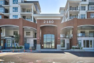 """Photo 1: 4412 2180 KELLY Avenue in Port Coquitlam: Central Pt Coquitlam Condo for sale in """"MONTROSE SQUARE"""" : MLS®# R2613383"""
