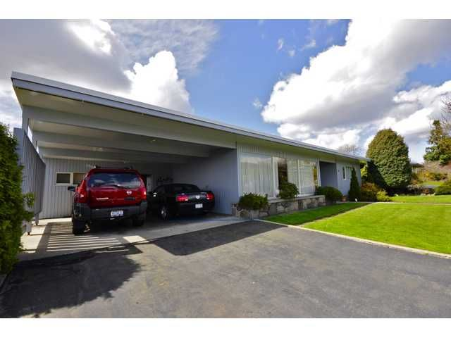 """Main Photo: 826 JACKSON in New Westminster: The Heights NW House for sale in """"THE HEIGHTS"""" : MLS®# V882561"""