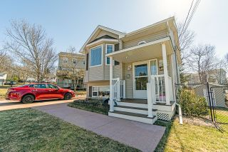 Photo 2: 104 Bucheron Crescent in Middle Sackville: 25-Sackville Residential for sale (Halifax-Dartmouth)  : MLS®# 202106864