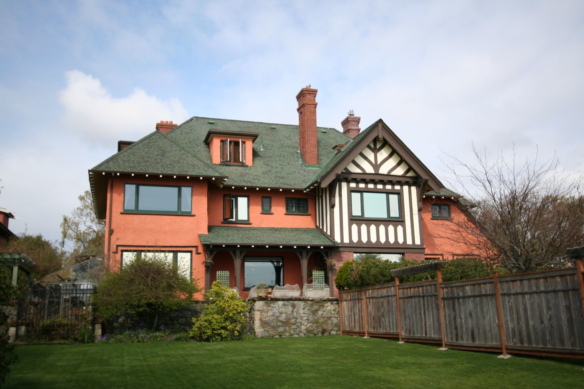Main Photo: 2391 Beach Dr in Oak Bay: House for sale