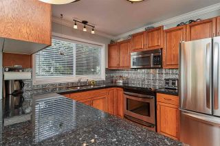 """Photo 6: 104 14271 18A Avenue in Surrey: Sunnyside Park Surrey Townhouse for sale in """"Ocean Bluff Court"""" (South Surrey White Rock)  : MLS®# R2337440"""