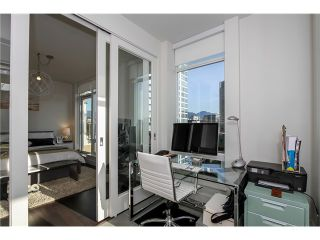 Photo 3: # 2703 565 SMITHE ST in Vancouver: Downtown VW Condo for sale (Vancouver West)  : MLS®# V1138496