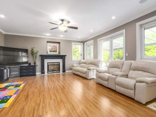 Photo 7: 2011 137A Street in Surrey: Elgin Chantrell House for sale (South Surrey White Rock)  : MLS®# R2201254