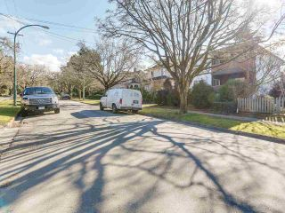 Photo 3: 2482 W 7TH AVENUE in Vancouver: Kitsilano House for sale (Vancouver West)  : MLS®# R2209690