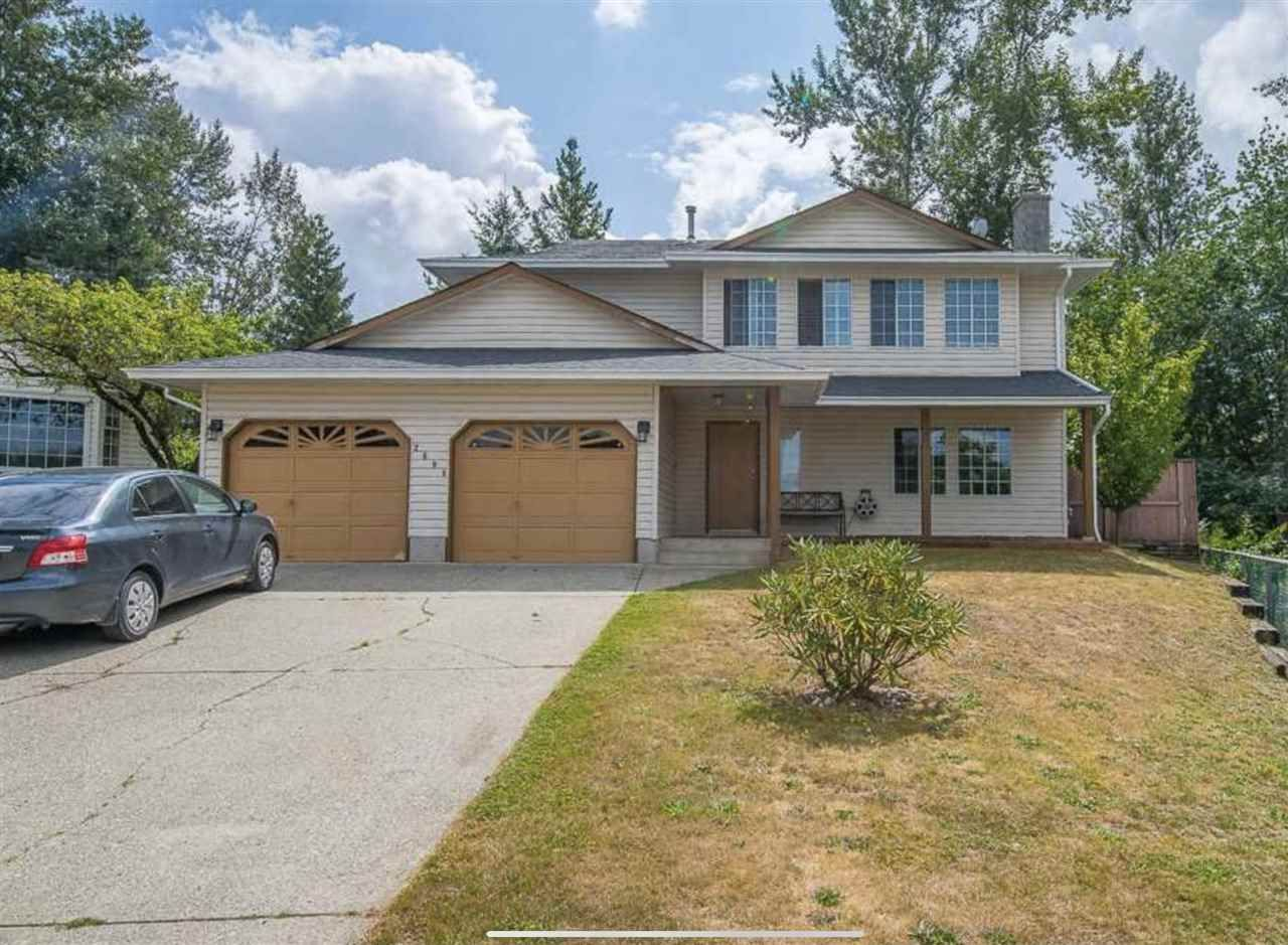 Main Photo: 2698 DEHAVILLAND Court in Abbotsford: Abbotsford West House for sale : MLS®# R2533436