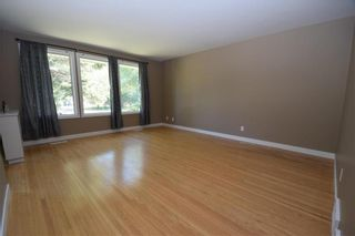 Photo 3: 11 Laval Drive in Winnipeg: Fort Richmond Residential for sale (1K)  : MLS®# 202021012