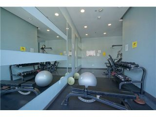 """Photo 15: 303 39 SIXTH Street in New Westminster: Downtown NW Condo for sale in """"Quantum By Bosa"""" : MLS®# V1135585"""